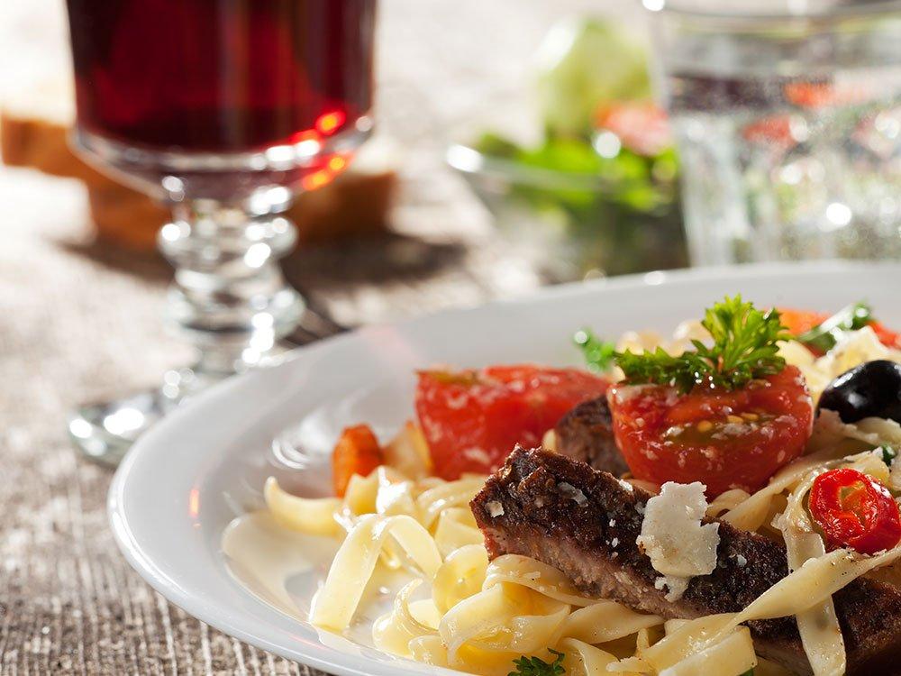 Essen im Restaurant »Jahreszeiten«
